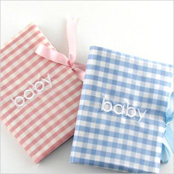 gingham photo album