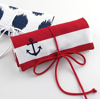 nautical jewelry roll with embroidered anchor icon